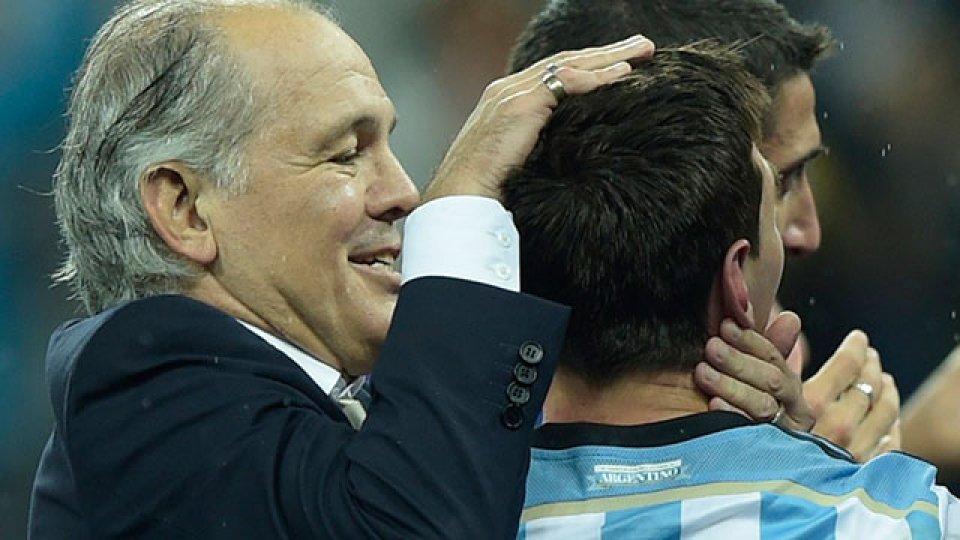 El entrenador habló de su paso por la Selección.