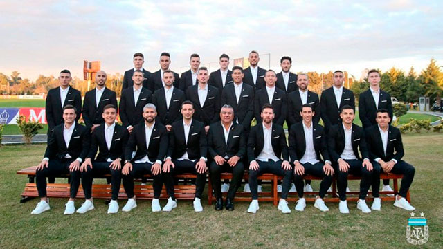 El look de la Selección para viajar a Brasil.
