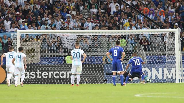 Paraguay y Argentina empataron 1-1 en Belo Horizonte por la segunda fecha.