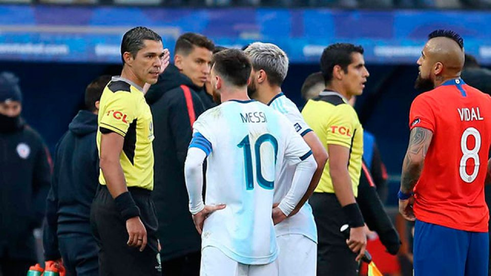 Gareca revira a Messi: