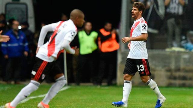 Se lesionó Ponzio y es duda para la Copa Libertadores.