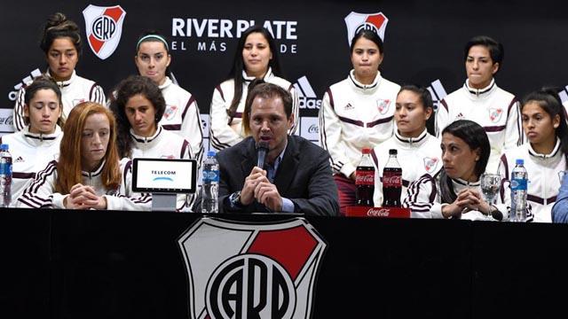 River profesionalizó a 15 integrantes de su equipo de fútbol femenino