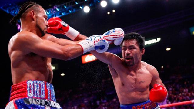 Manny Pacquiao le ganó en fallo dividido al estadounidense Keith Thurman.