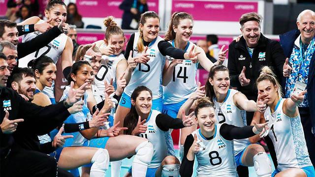 Las Panteras festejaron en Lima la medalla de bronce.