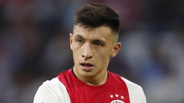 De buen presente en el Ajax, el gualeyo Martínez piensa en regresar a Newell´s.