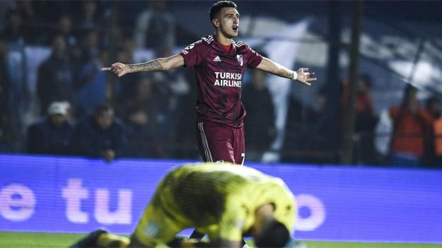 Aplastante victoria del Millonario frente a la Academia en Avellaneda.