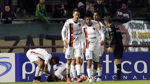 Patronato luchó y se llevó un merecido empate por 1 a 1 ante Aldosivi