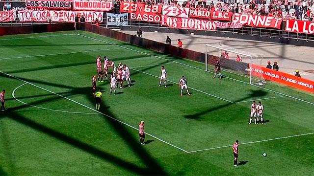 Patronato cayó 1 a 0 en La Plata ante Estudiantes y dejó puntos importantes.