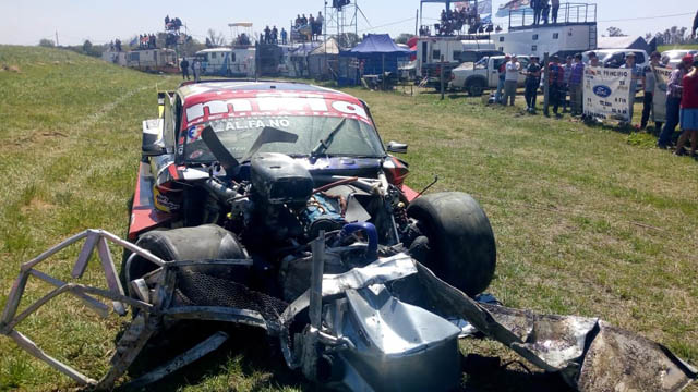 Video y fotos: Impresionante accidente en la final del TC Pista en Paraná