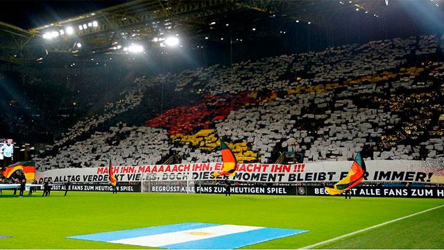 Los alemanes recrearon en la platea el gol de Götze de la final del Mundial 2014