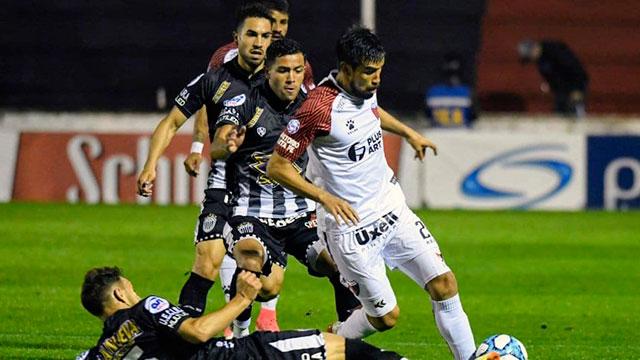 Copa Argentina: Estudiantes de Buenos Aires eliminó a Colón por penales y es semifinalista