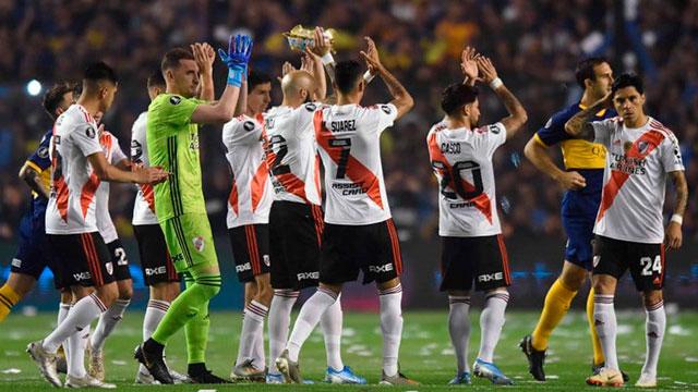 La prensa mundial habla de la paternidad de River y dos clubes felicitaron a Gallardo