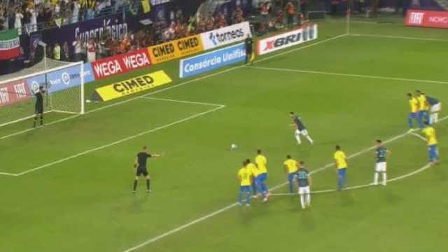 Argentina superó por la mínima diferencia al Scratch en Riad.