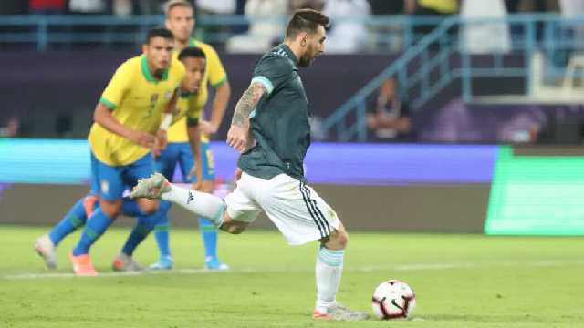 En la vuelta de Lionel Messi, Argentina superó 1 a 0 a Brasil