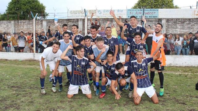 Universitario le gano 2 a 1 San Benito en la LPF.