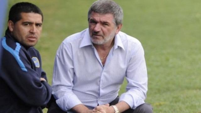 """""""Tenemos en claro que el club no es el juguete de nadie"""", dice el mensaje."""