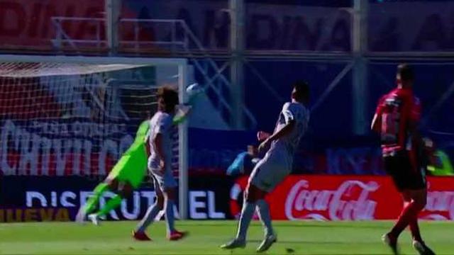 Al Rojinegro se le sigue negando el gol y no pudo convertir ante el Ciclón.