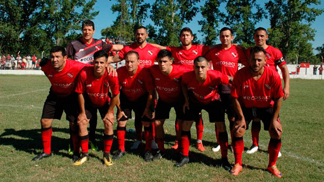 Independiente FBC derrotó 2-1 a Atlético Hasenkamp y avanzó a la final.