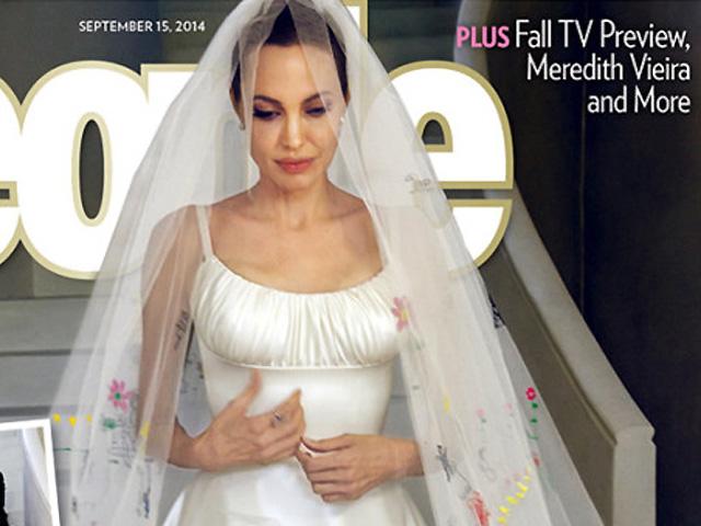 72358de3d El vestido de novia de Angelina Jolie fue